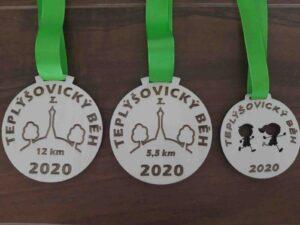 finisherské dřevěné medaile