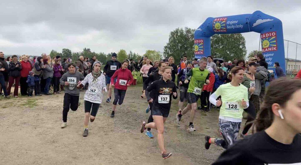 teplýšovický běh 2.ročník běh na 6 kilometrů